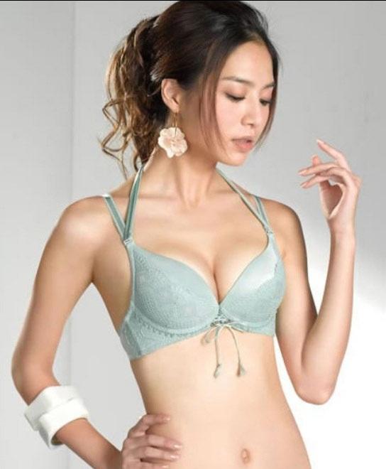 Nâng ngực Y-line – Giải pháp thông minh cho phụ nữ Á Đông 2