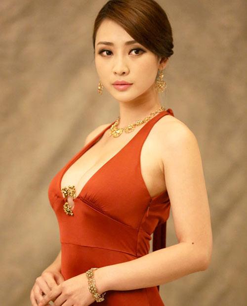 Phụ nữ Á Đông chọn nâng ngực Y-line tại TMV Kangnam 7