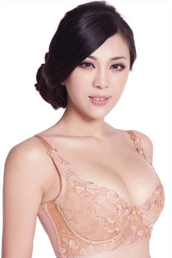 Lấy lại bầu ngực đẹp tự nhiên, săn chắc cho cho phụ nữ sau sinh 1